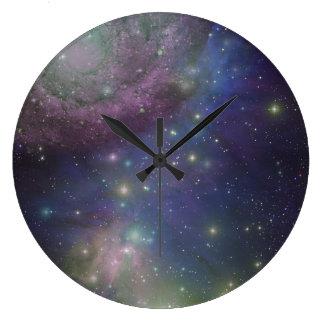 Espacio, estrellas, galaxias y nebulosas relojes