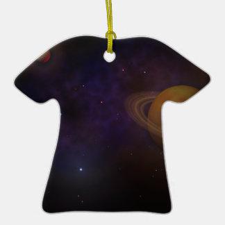 Espacio profundo adorno de cerámica en forma de camiseta