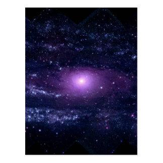 Espacio púrpura ultravioleta de la galaxia del postal