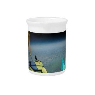 Espacio que salta - el salto bajo está para la mar jarra para bebida