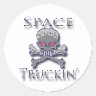 Espacio Truckin azul Pegatina Redonda
