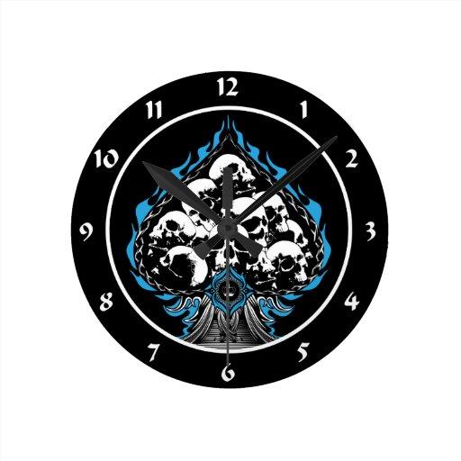 Espada llameante azul con los cráneos relojes de pared