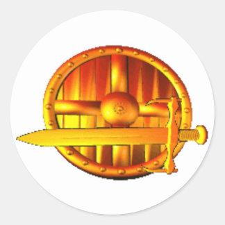 Espada y escudo de oro etiquetas redondas