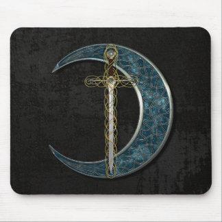 Espada y luna célticas con la pared del Grunge Alfombrillas De Ratones