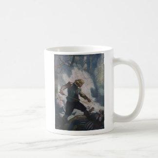 Espadachines en un acantilado taza de café