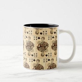 Espadas de la reina del collage de los naipes del taza de café