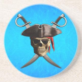 Espadas del cráneo del pirata posavasos de arenisca