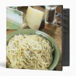 """Espaguetis con el romano y el negro de Pecorino Carpeta 1 1/2"""""""