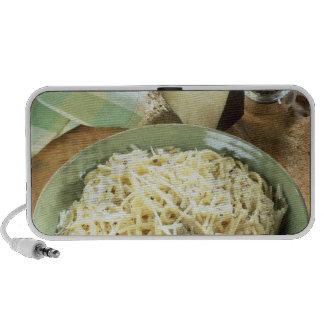 Espaguetis con el romano y el negro de Pecorino iPhone Altavoces