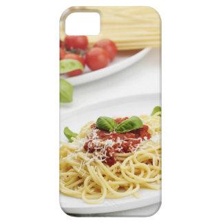 Espaguetis con la salsa y la albahaca de tomate iPhone 5 funda
