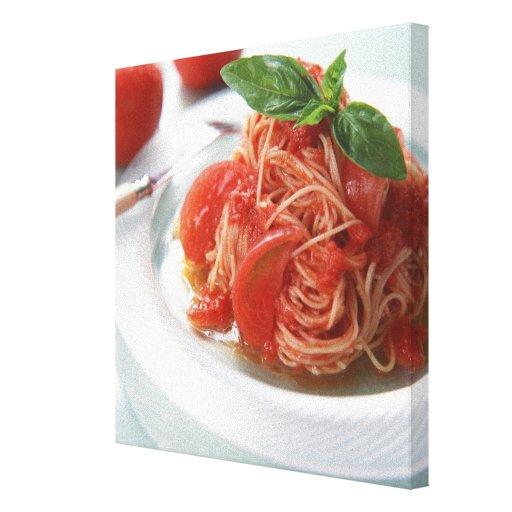 Espaguetis del tomate lienzo envuelto para galerias