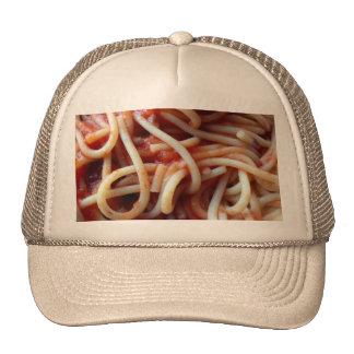 espaguetis gorros bordados