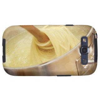 Espaguetis que son Stired en pote Galaxy S3 Cobertura