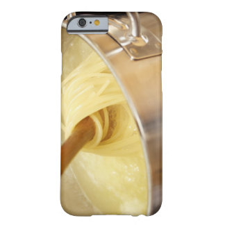 Espaguetis que son Stired en pote Funda Para iPhone 6 Barely There