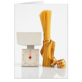 espaguetis y escala tarjeta pequeña
