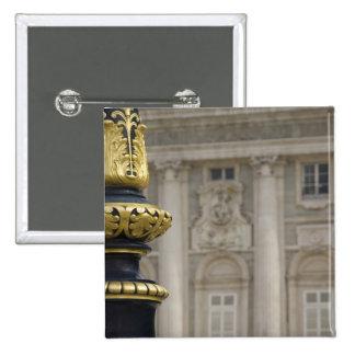 España, Madrid. Royal Palace, lámpara dorada adorn Pins