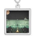 España, Madrid, Royal Palace y plaza de Colgante Cuadrado