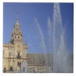 España, Sevilla, fuente de Andalucía y adornado Azulejo Cuadrado Grande