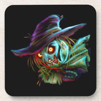Espantapájaros de ScaryCrow con los prácticos de Posavaso