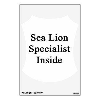 Especialista del león marino dentro vinilo decorativo