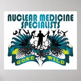 Especialistas nucleares de la medicina idos salvaj póster