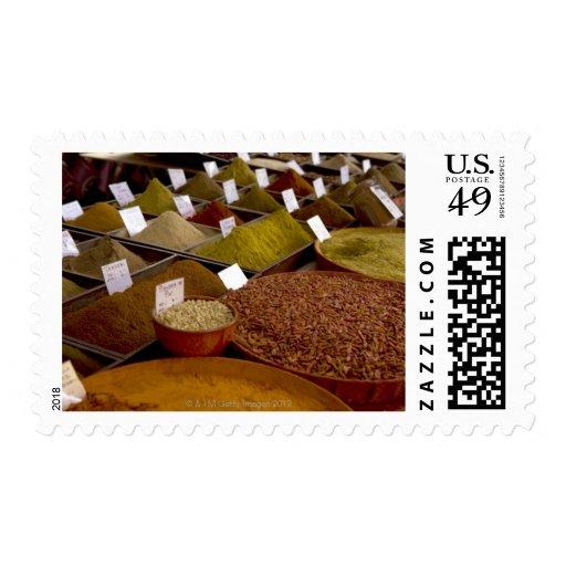 Especias en el mercado del granjero timbres postales