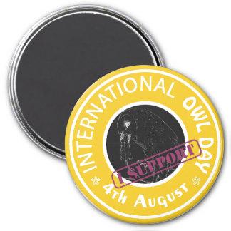 Especie en peligro internacional del día del búho imán redondo 7 cm