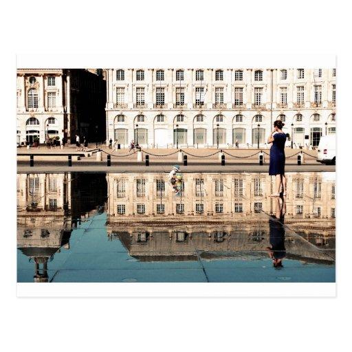 Espejo del agua en Burdeos Postales