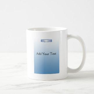 Espejo retrovisor azul en pendiente azul tazas