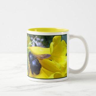 Esperanza Bee Mug
