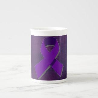 Esperanza púrpura de la oscuridad taza de porcelana