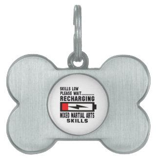 Espere por favor recargando habilidades mezcladas placas de nombre de mascota