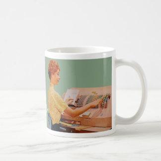 Espero que me contrataran porque soy bonito… tazas de café