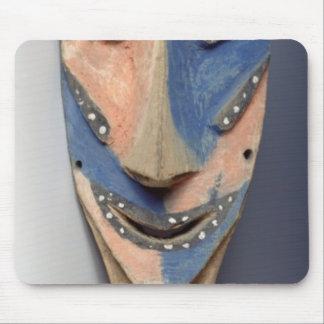 Espigue la máscara, de Ile de Vao, Nueva Caledonia Alfombrilla De Ratones