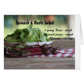 Espinaca y ensalada de las remolachas tarjeta de felicitación