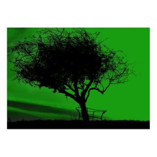 Espino de Glastonbury. Árbol en la colina. Negro v Tarjetas De Negocios