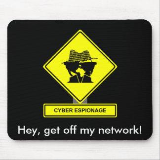 Espionaje cibernético Mousepad
