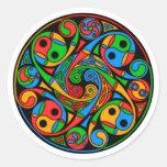 Espiral céltico del vitral pegatinas redondas
