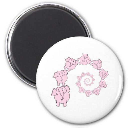 Espiral de elefantes rosados. Historieta de la div Imán Para Frigorífico