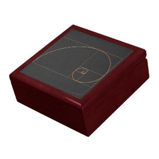Espiral de oro del oro caja de joyas
