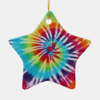 Espiral del arco iris adorno navideño de cerámica en forma de estrella