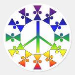 Espiral del signo de la paz del arco iris etiquetas redondas