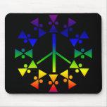 Espiral del signo de la paz del arco iris alfombrilla de ratón