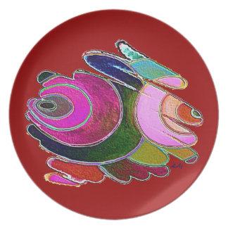 Espirales hermosos rosados de Frigg de la placa en Platos De Comidas
