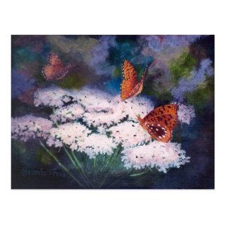 Esplendor en la postal de la mariposa del prado