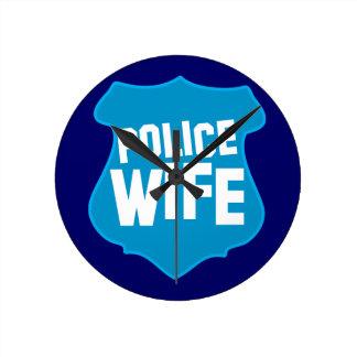 ESPOSA de la policía con el escudo de la insignia  Reloj