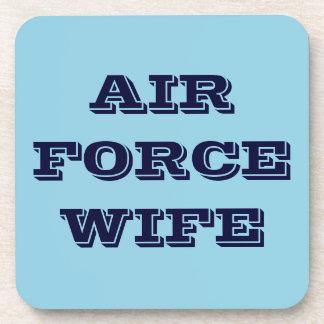 Esposa determinada de la fuerza aérea del práctico posavaso