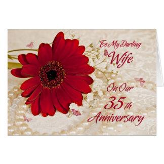 Esposa en el 35to aniversario de boda, una flor de tarjeta de felicitación