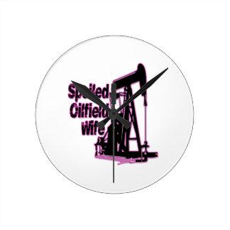 Esposa estropeada rosa del campo petrolífero reloj