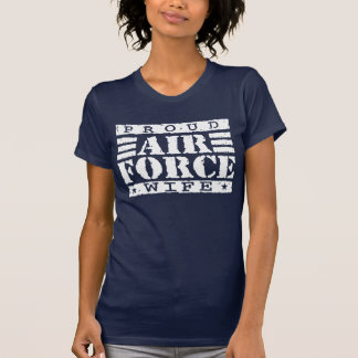 Esposa orgullosa de la fuerza aérea camiseta